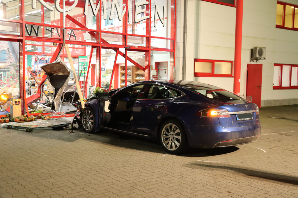 Tesla crashed into store