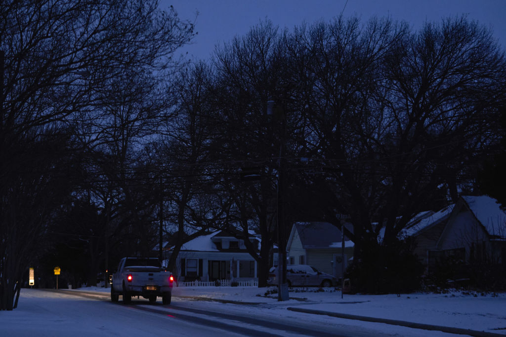 Texas power outage in dark neighborhood