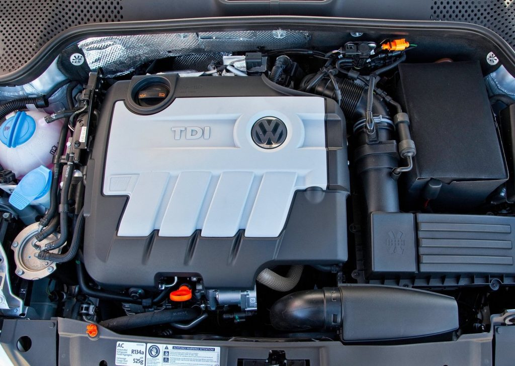 a picture of a Volkswagen Beetle TDI engine