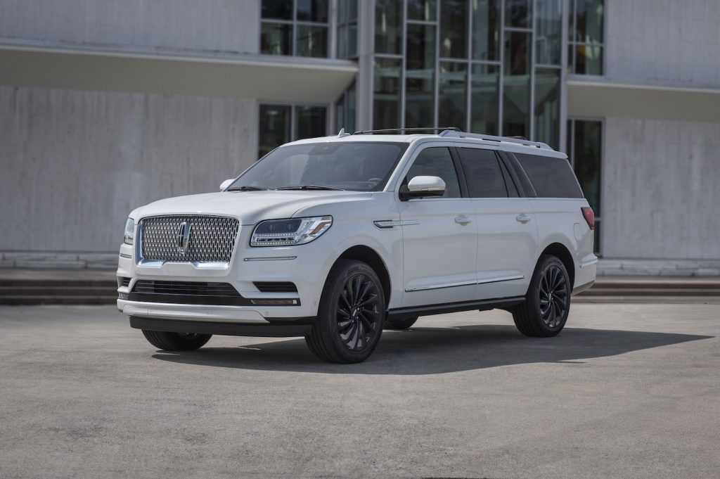 2021 Lincoln Navigator parked