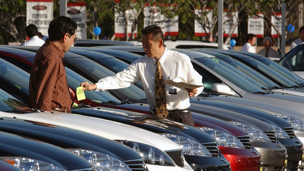 sales person on lot