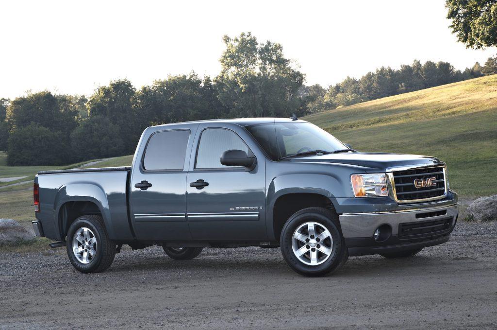 2009 GMC Sierra XFE parked