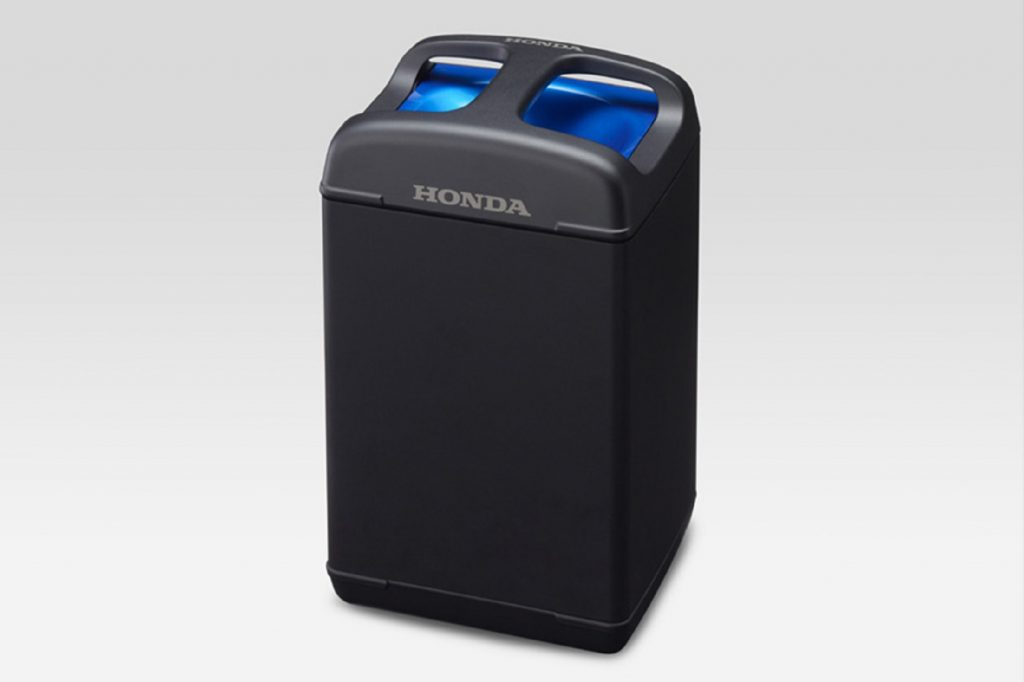 The black-and-blue Honda Mobile Power Pack battery shown at CES 2018