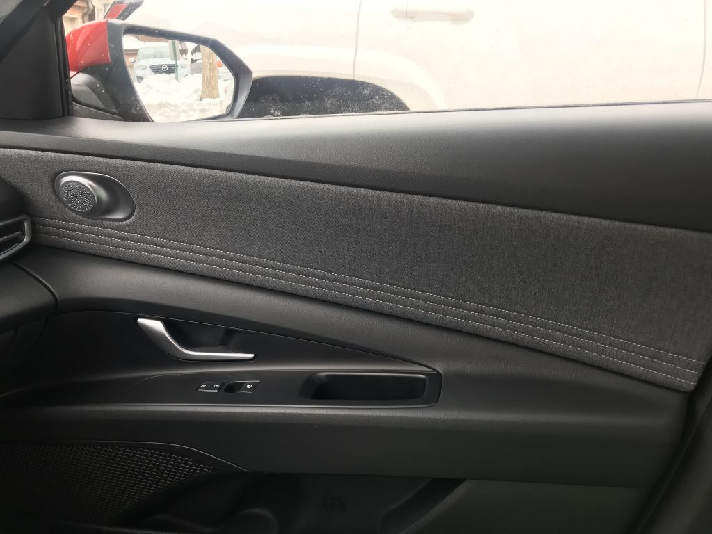2021 Hyundai Elantra tweed inserts on the door panel