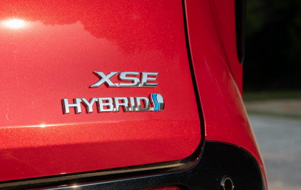 2021 Toyota Sienna hybrid badge