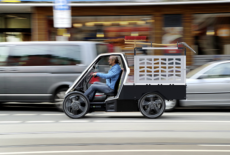Bio-Hybrid delivery vehicle side view