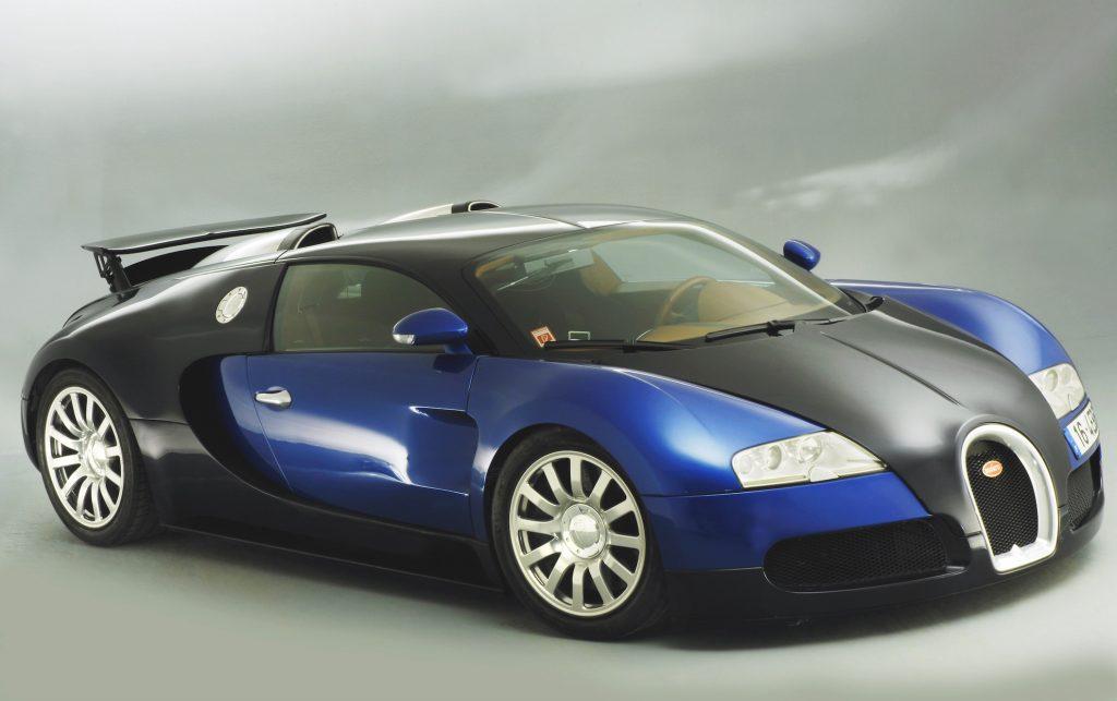 Black and Blue 2003 Bugatti Veyron