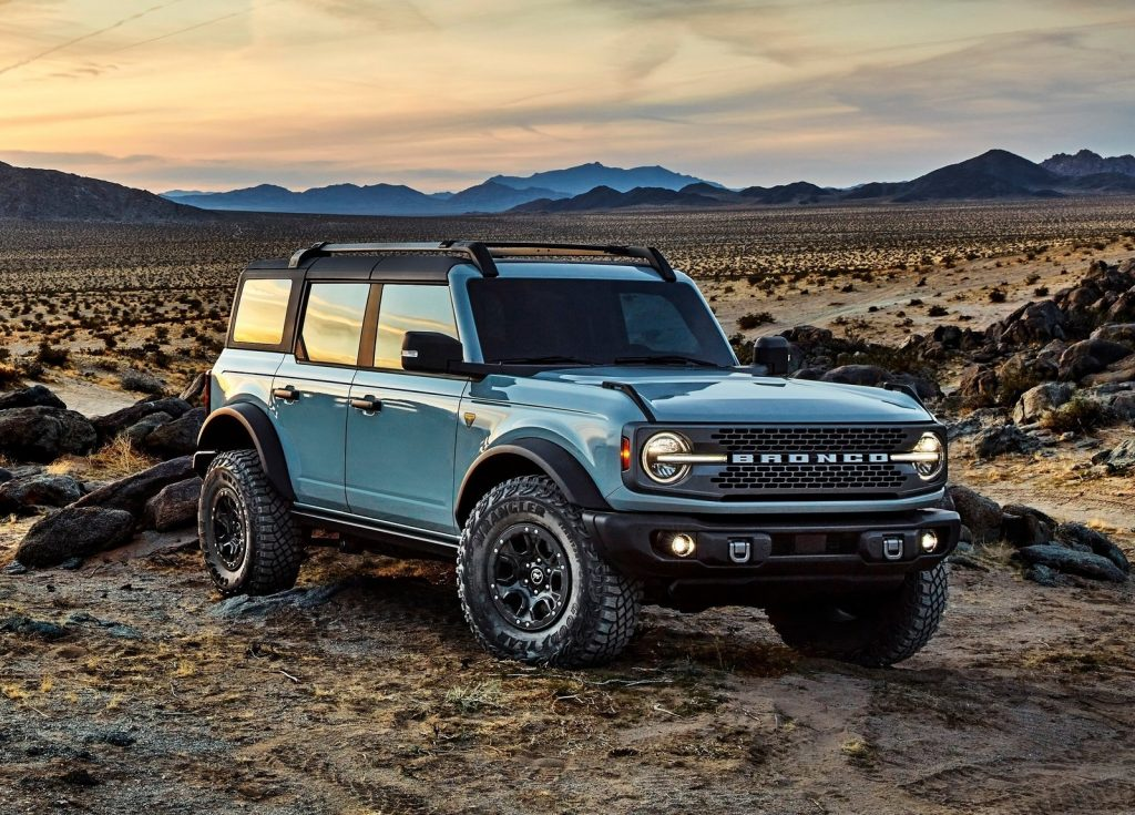 An image of a 2021 Ford Bronco parked outdoors.