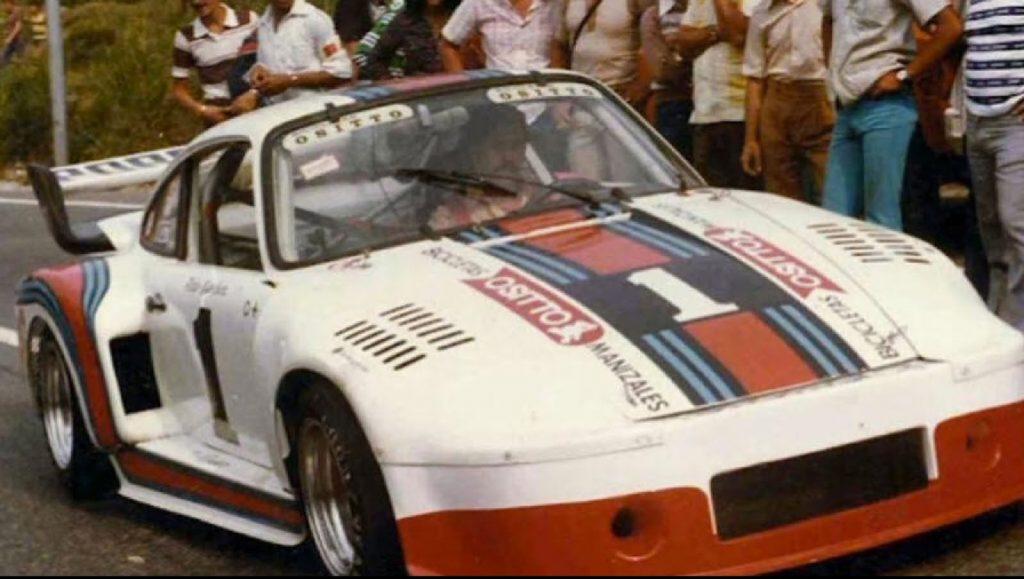 An image of Pablo Escobar racing in his Porsche 911.