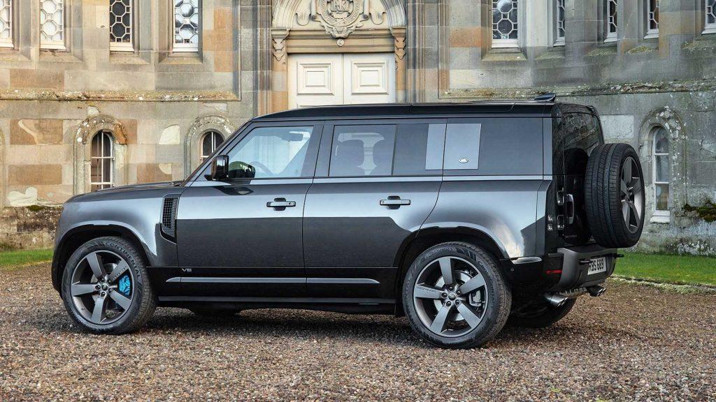 Land Rover Defender 110 V8 in profile