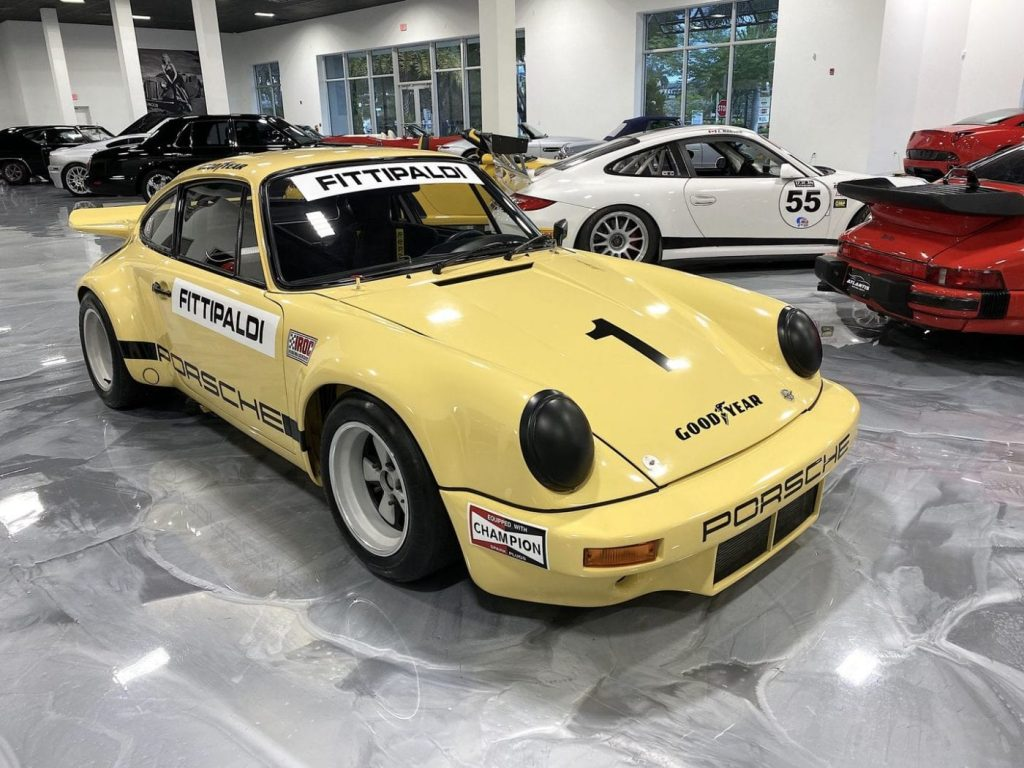 An image of a Porsche 911 RSR previously owned by Pablo Escobar.