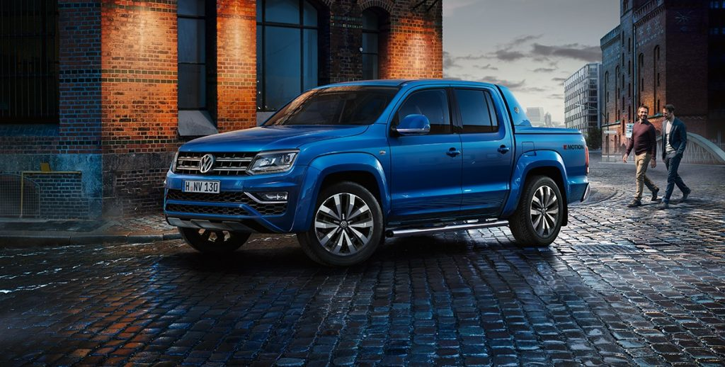 VW Tarok pickup truck concept in blue