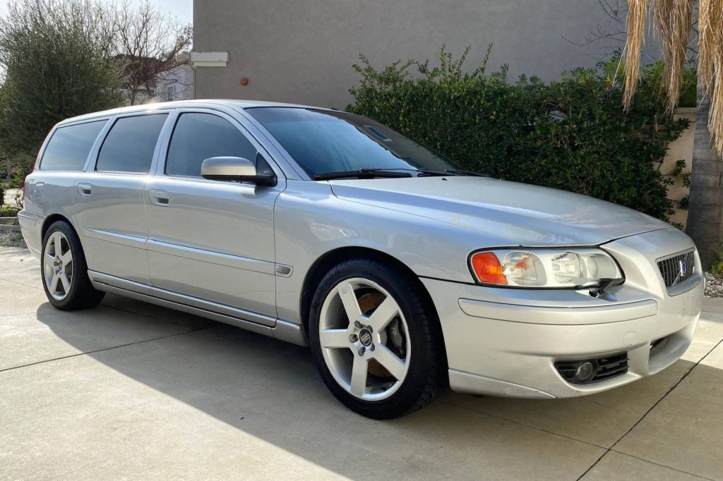 A silver 2005 Volvo V70R parked in a driveway