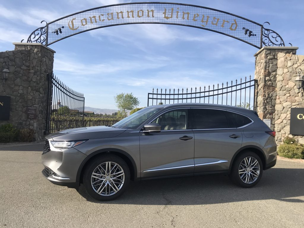 2022 MDX SH-AWD Advance posing in front of a winery