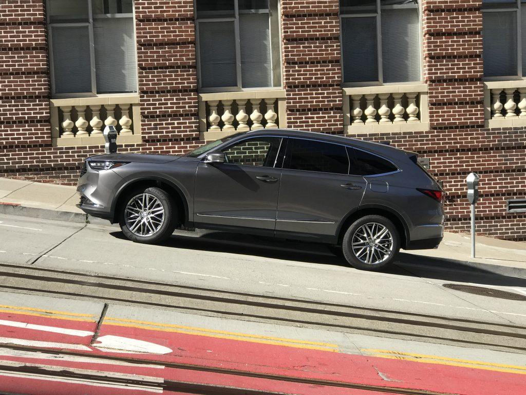 2022 Acura MDX in the city   Joe Santos/MotorBiscuit