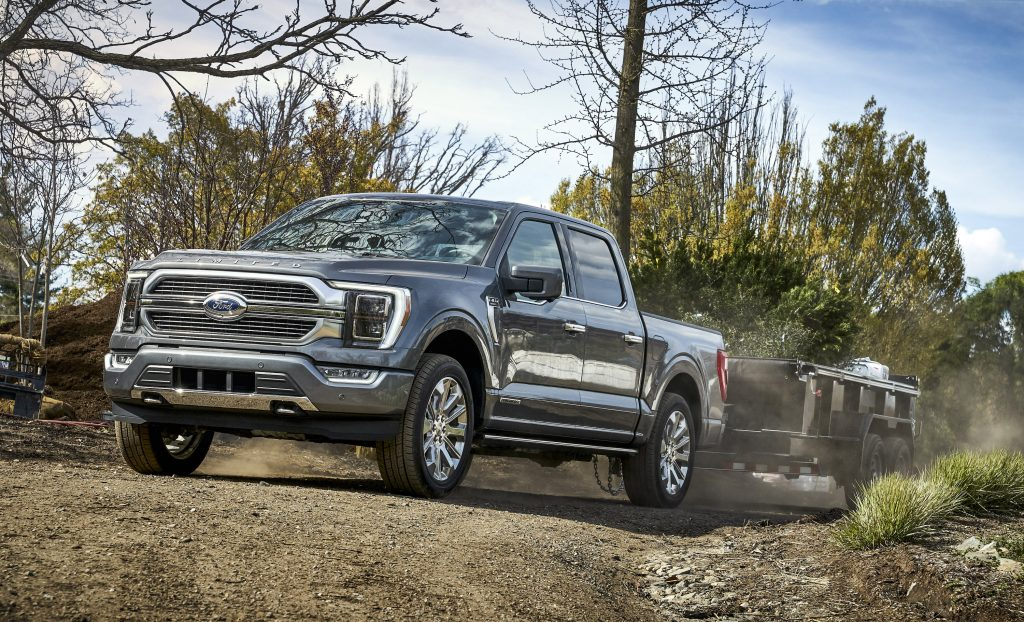 New technologies will now be available for the 2021 Ford F-150 including class-exclusive Onboard Scales and Smart Hitch as well as continuously controlled damping, each engineered to help customers who tow and haul load their trucks up for the work they're designed to do while also adding on-road confidence.