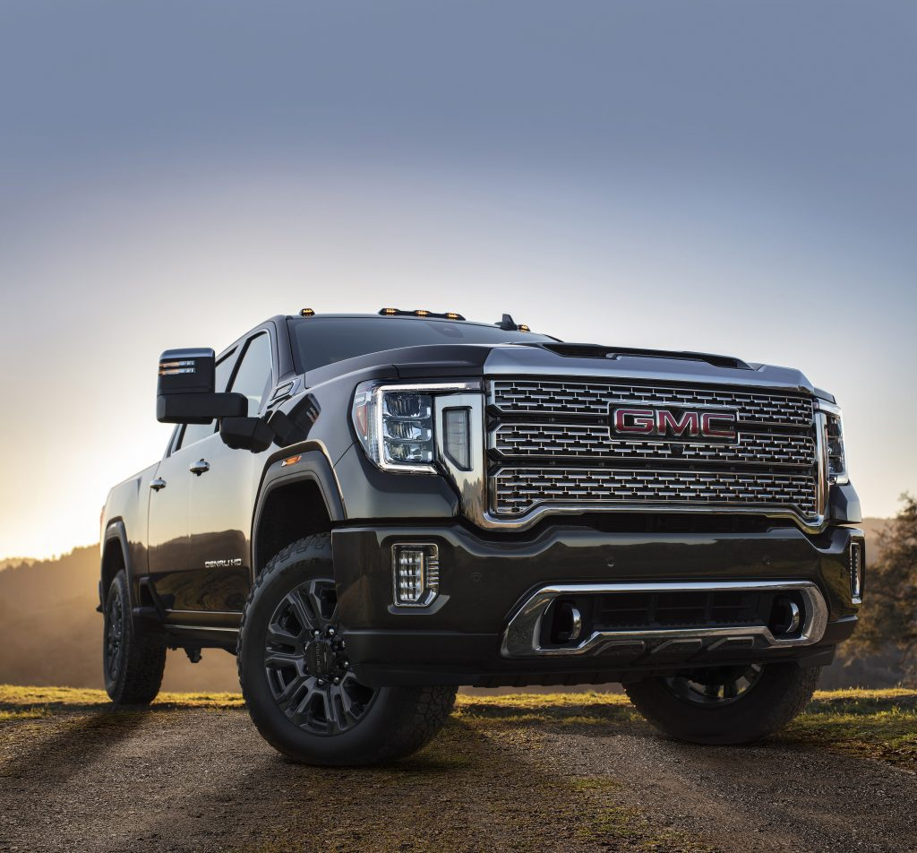 The 2021 GMC Sierra 1500 and Sierra Heavy Duty feature additional innovative trailering tech that helps drivers tow like a pro