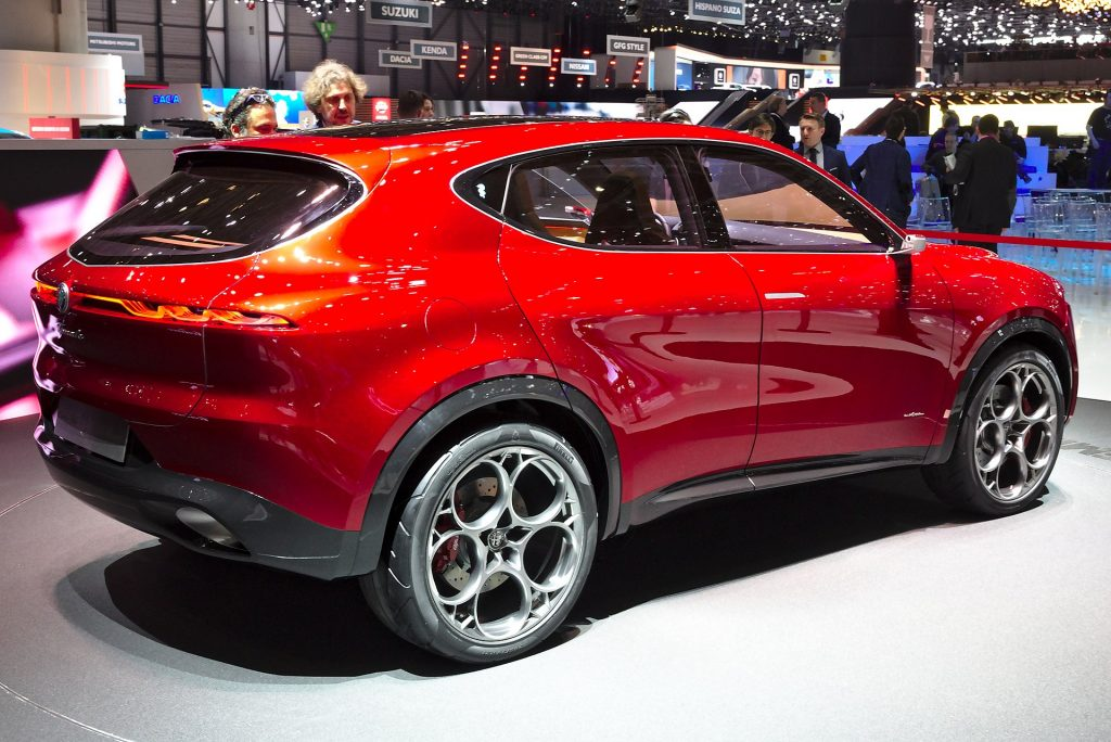 2022 Alfa Romeo Tonale crossover rear 3/4 view