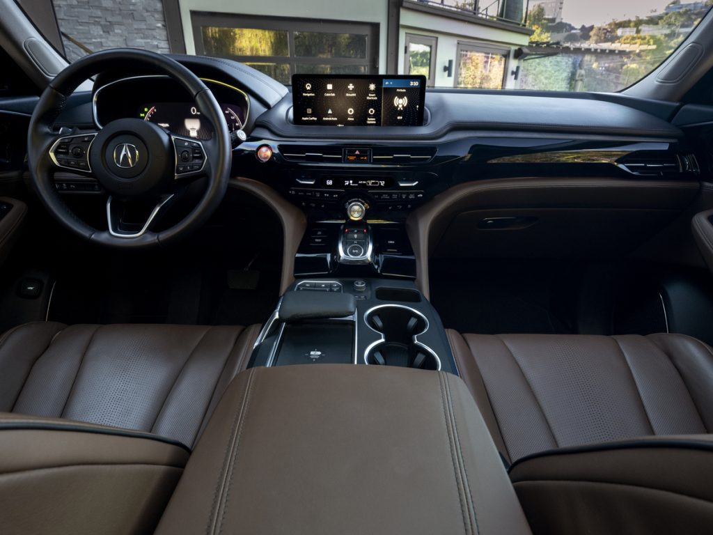 A front shot of the interior of the 2022 Acura MDX Advance