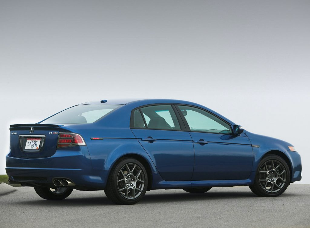 a rear shot of the 2007 Acura TL Type S in blue