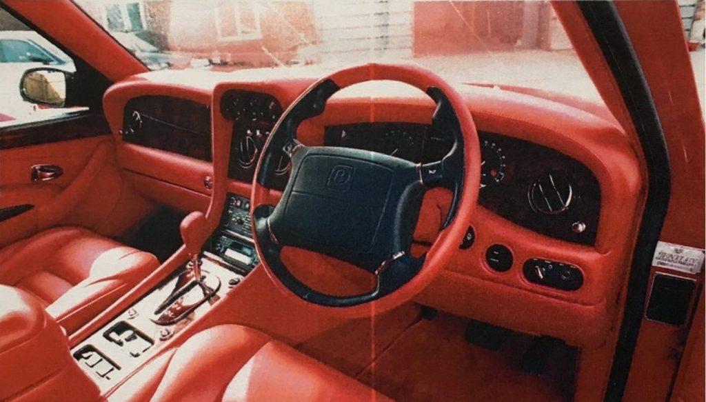 An image of a secret Bentley Dominator outdoors.