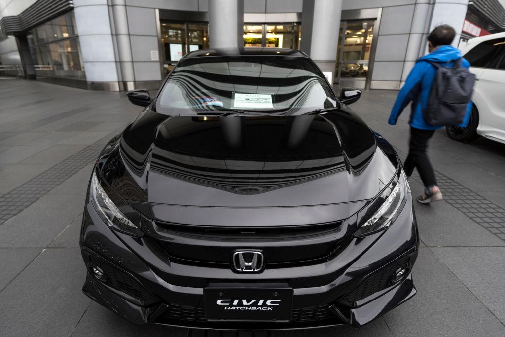 a black 2021 Honda Civic on display