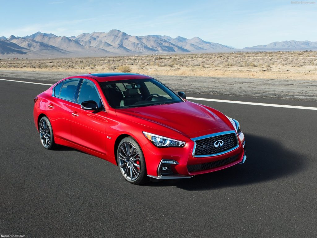 An image of an Infiniti Q50 parked outdoors. It is one of Consumer Reports' top picks for 2021 luxury cars.