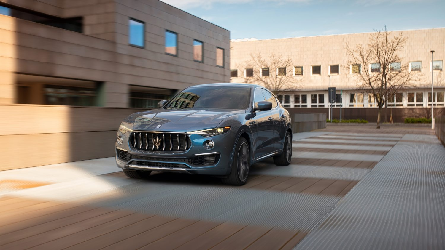 An image of a Maserati Levante Hybrid outdoors.