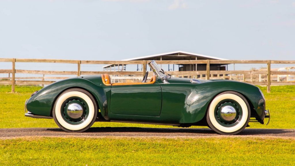 Custom 1939 Ford Roadster in green