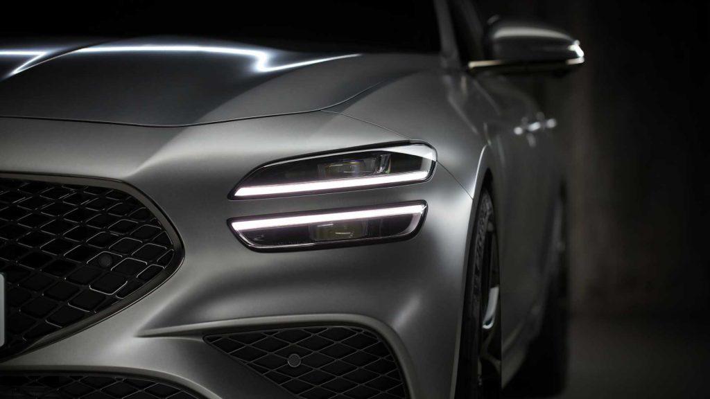 2022 Genesis G70 Shooting Brake wagon front detail