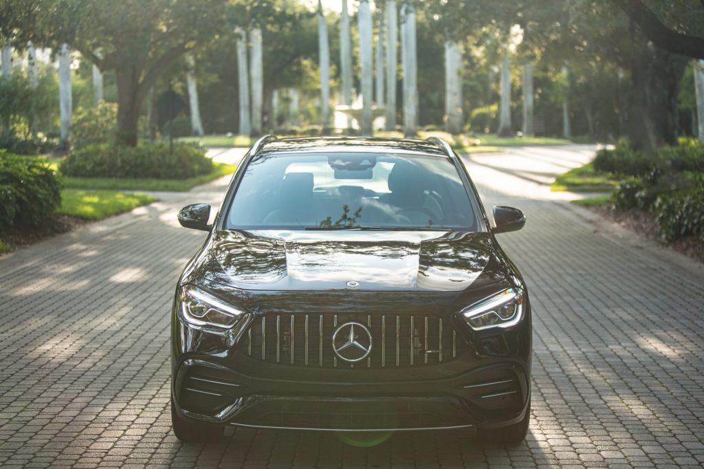 2021 Mercedes-AMG GLA 35 front end