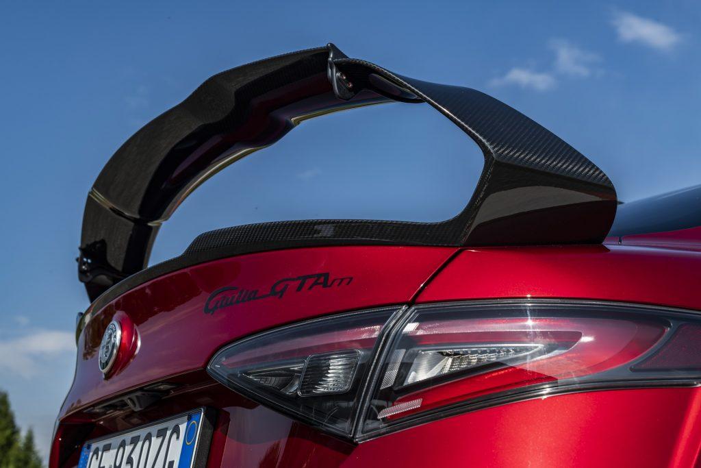 Alfa Romeo Giulia GTA sedan rear wing
