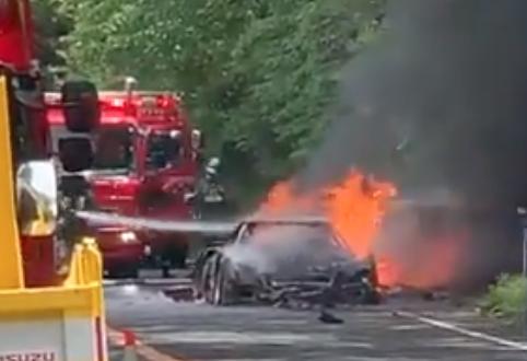Ferrari F40 fire on Japanese turnpike