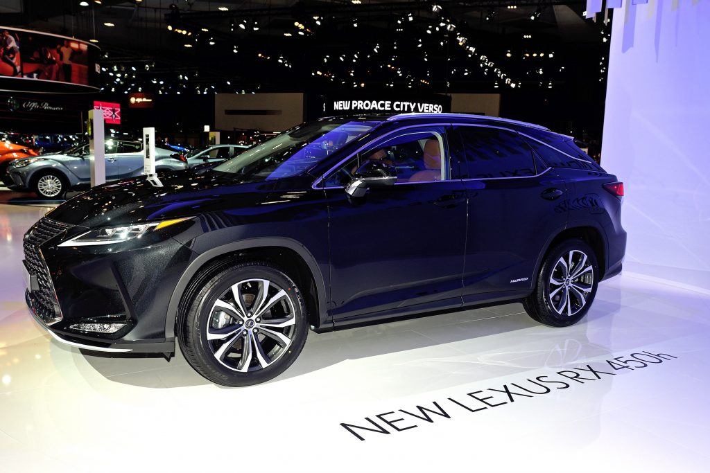 The black Lexus RX 450h on display at the Brussels Motor Show