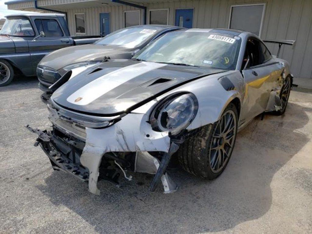 Wrecked Porsche 911 GT2 RS