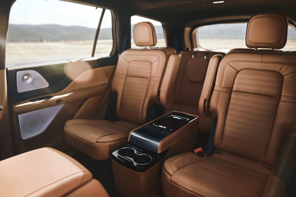 The 2021 Lincoln Aviator Interior with leather seats and captain's chairs in the second row
