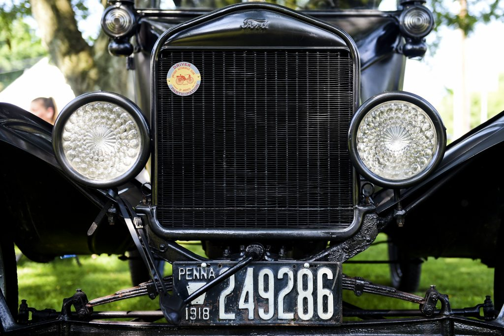 A 1918 Ford Model T front grill and headlights