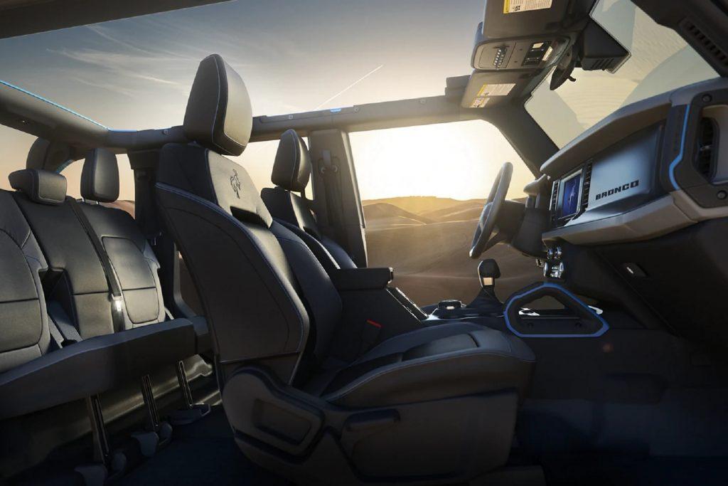 The vinyl interior of a 2021 Ford Bronco 4-Door Black Diamond