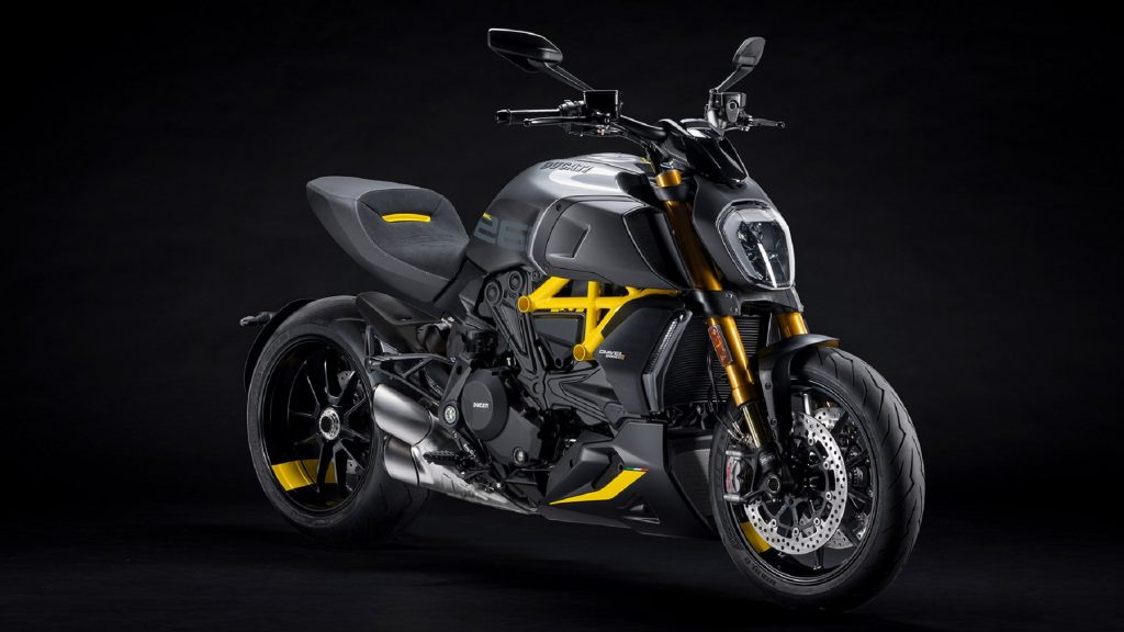 A yellow-and-matte-gray-and-black 2022 Ducati Diavel 1260 S Black and Steel