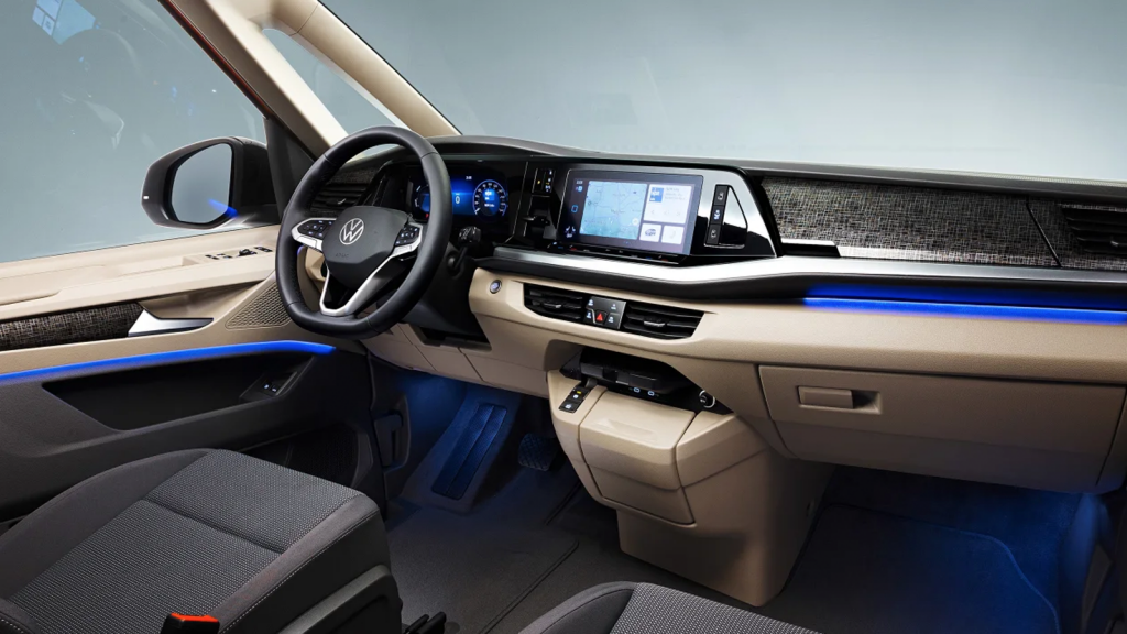 2022 Volkswagen T7 Multivan interior