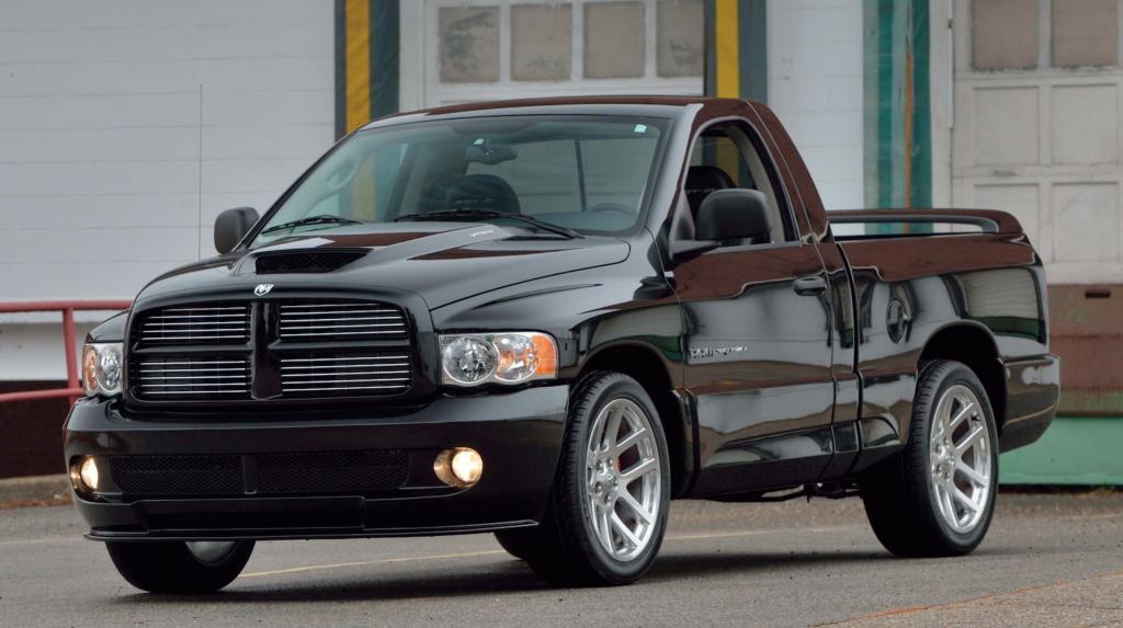 Dodge Ram SRT-10 Viper Truck painted black