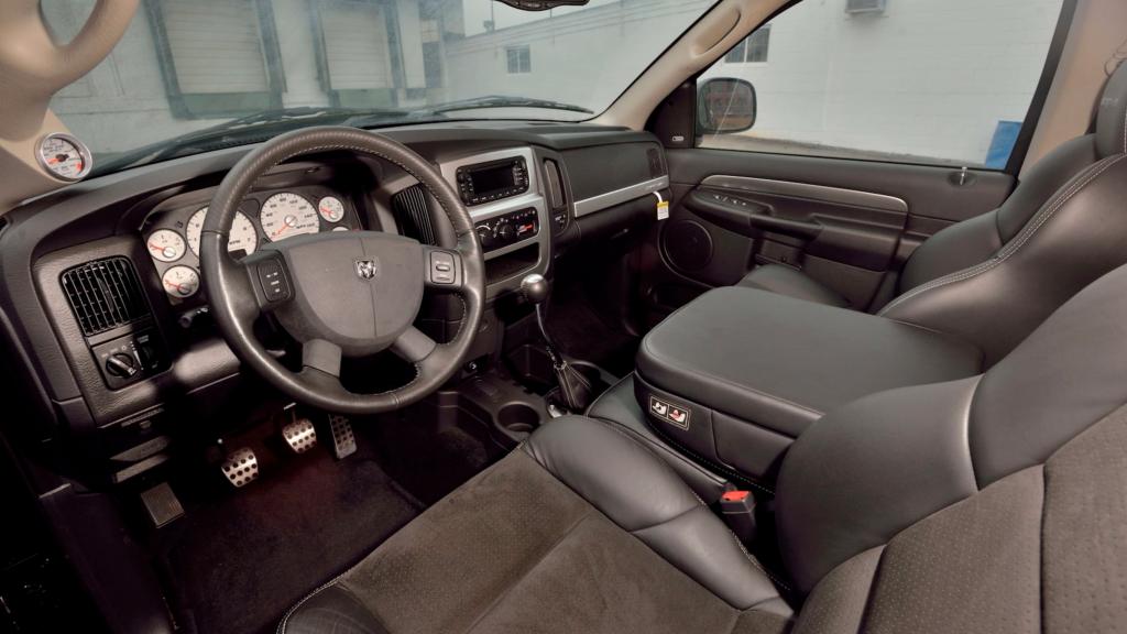 Dodge Ram SRT-10 Viper Truck interior