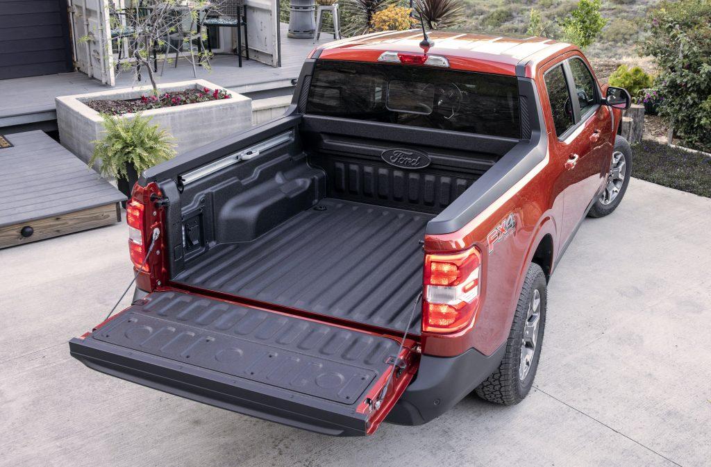 2022 Ford Maverick FLEXBED