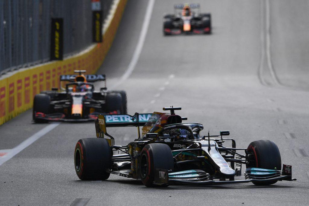 Lewis Hamilton's F1 car leads Verstappen's Red Bull