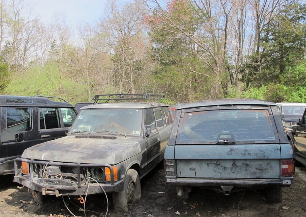 Vintage Range Rover horde