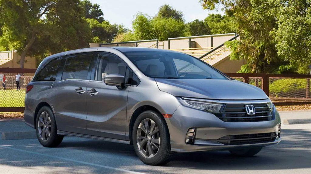 A silver 2022 Honda Odyssey.