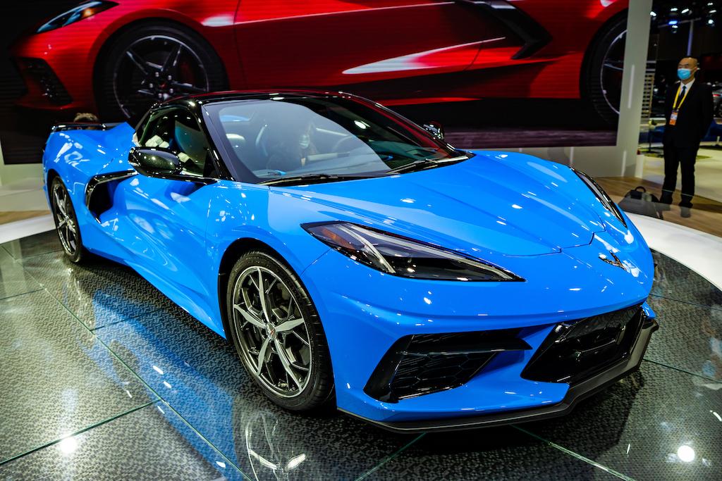 A blue mid-engine c8 corvette