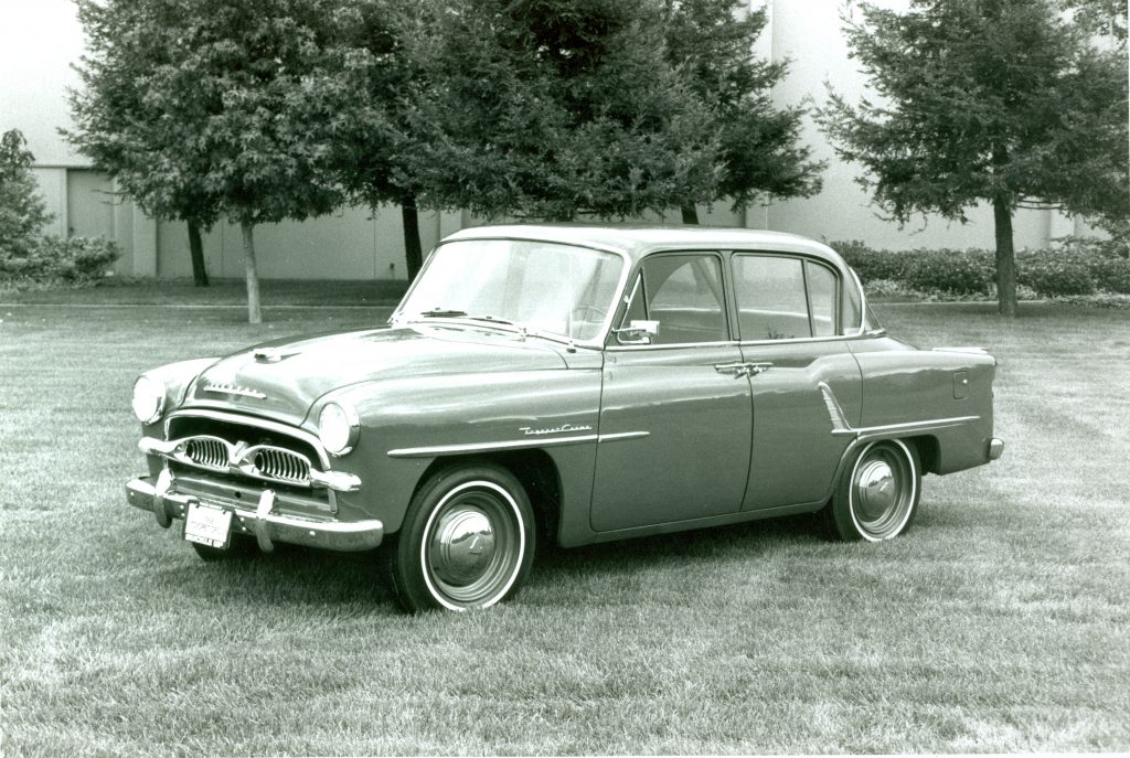 Old photo of a 1958 Toyopet Crown
