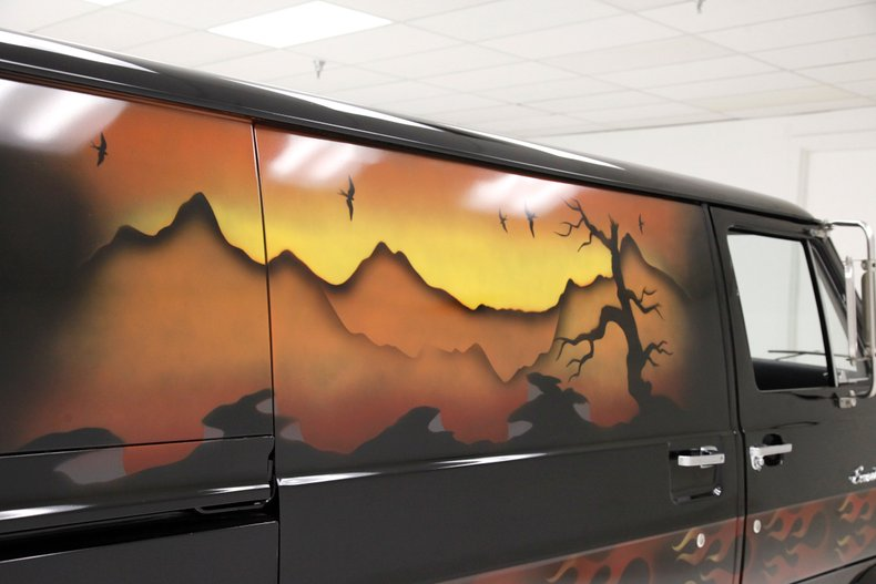 1974 Ford van craze van mural
