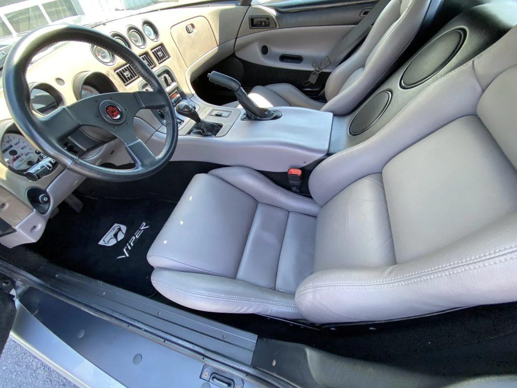 The gray interior of a 1993 Dodge Hennessey Venom 600 RT/10 Aero
